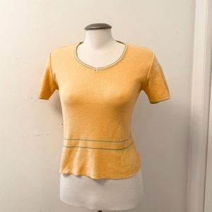 Vintage - Mustard Yellow V-neck Sweater